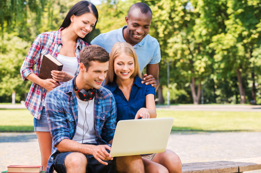 Tìm hiểu học bổng du học Đức thông qua các nhóm, diễn đàn và mạng xã hội