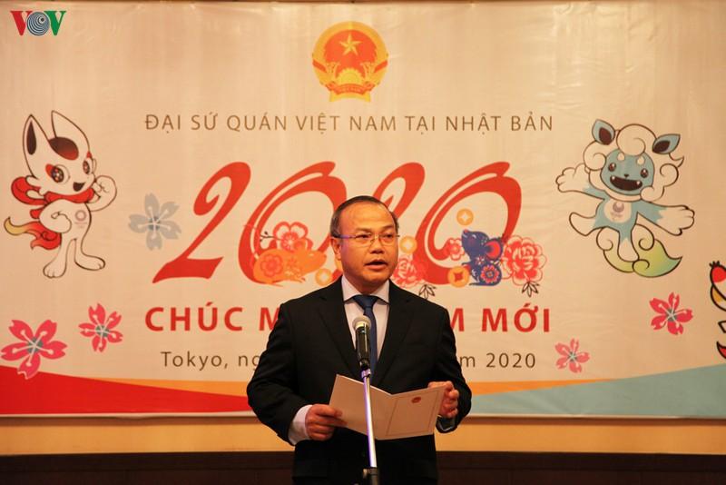 Đại sứ Vũ Hồng Nam chúc cộng đồng người Việt Nam tại Nhật Bản ngày càng mở rộng, phồn thịnh.